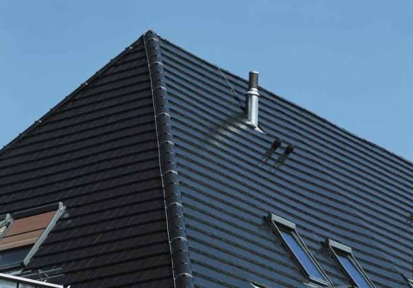 Creaton Domino tetőcserép Finesse fekete üvegmázas